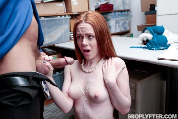 Ella Hughes gets a cumshot over her tits