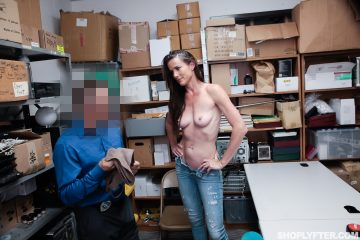 shoplyfter_sofie_marie